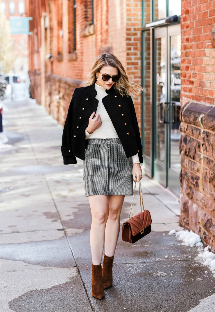 fall mini skirt outfit