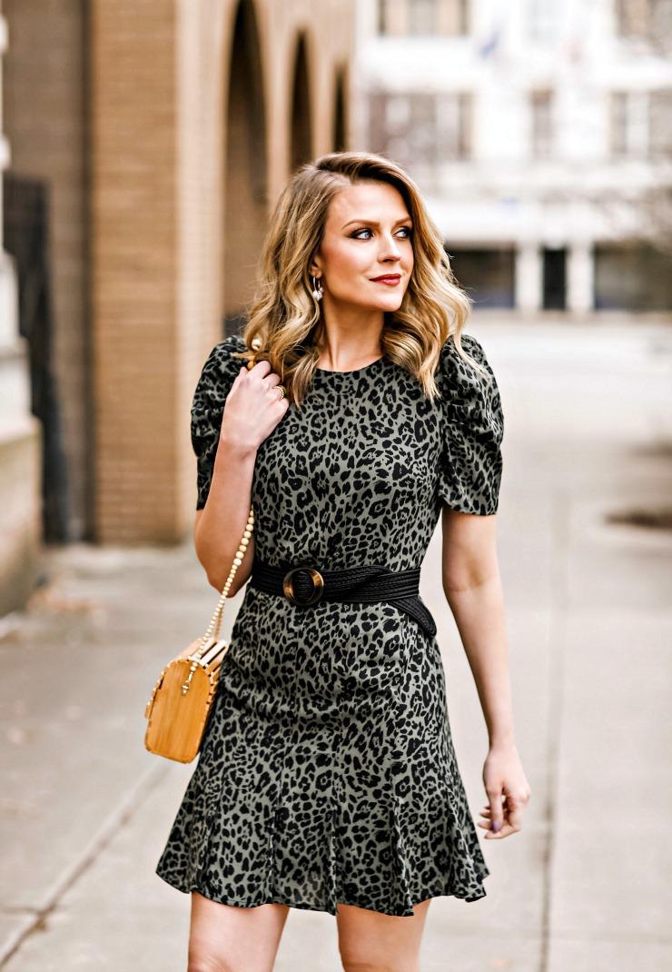 puff sleeve leopard dress