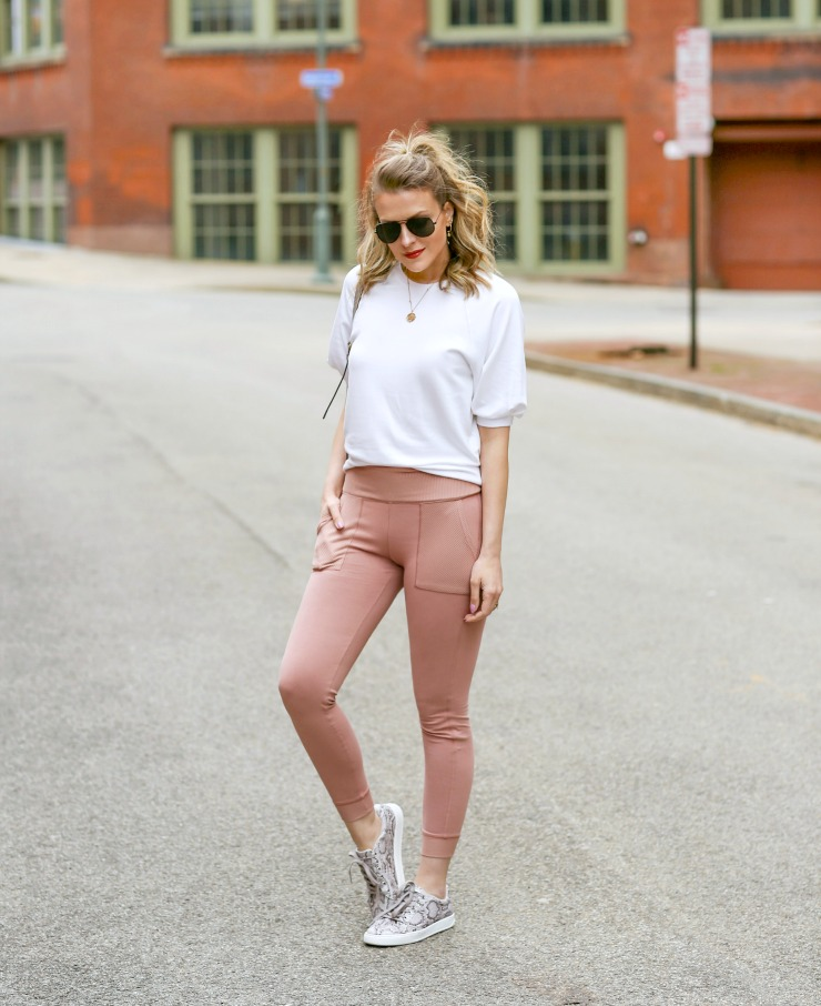 spring athleisure outfit