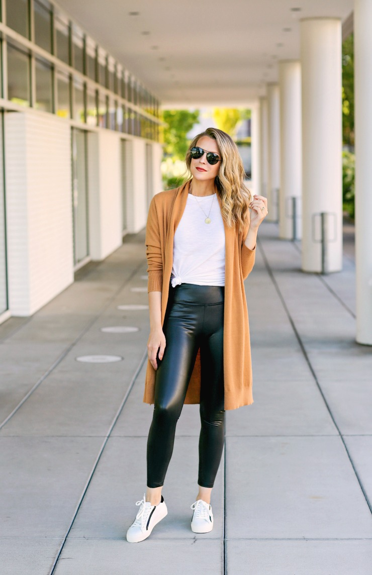fall athleisure outfit