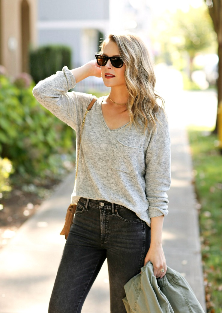 UpWest V-Neck Pocket Sweater