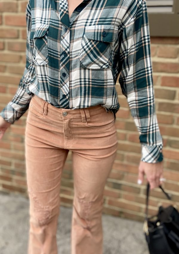 Cropped Flannel Top Outfits